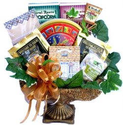 Gift Basket Village Housewarming Gift Basket for New Homeowners