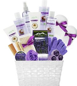 Deluxe XL Gourmet Gift Basket with Lavender & Coconut Oils. 20-Piece Luxury Spa Gift Set wit ...