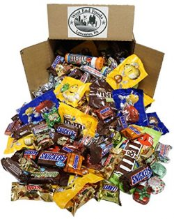 HALLOWEEN Chocolate, Assortment of Classic Candy of M&M's, Snickers, MilkyWay, Twix (5 ...