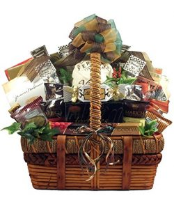 Spectacular Gourmet | Gift Basket for Holidays, Birthdays, or Office Gift