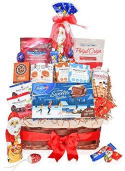 Christmas Chocolate & Cookie Variety Gift Basket – Santa, Ghirardelli Hot Cocoa, Pretz ...