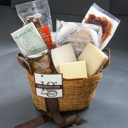Spanish Fiesta Classic Gift Basket (4.6 pound)