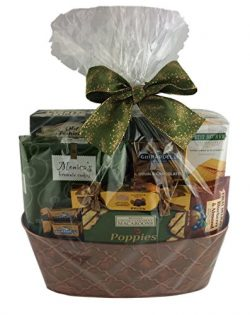 Wine Country Snacks Gift Basket with Popcorn, Chocolate, Caramels, Cookies Crackers Nuts Cocoa ( ...