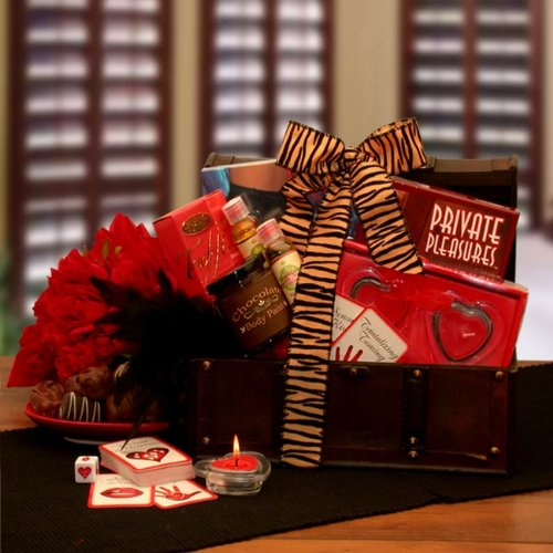 Heart To Heart Couples Romance Gift Basket ~ The perfect ... |Valentines Day Gift Baskets For Couples