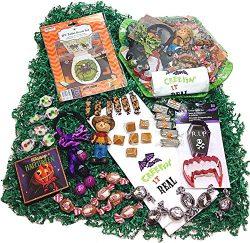 Autumn Halloween Gift Basket – Candy Assortment, Kitchen Towel, Cookie Cutters, Decoration ...