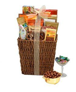Broadway Basketeers Snackers Gift Basket, 30 Ounce