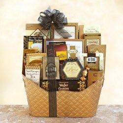 Splendid Delights Deluxe Gourmet Gift Basket