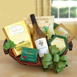 Cheers Thanksgiving Food Gift Basket
