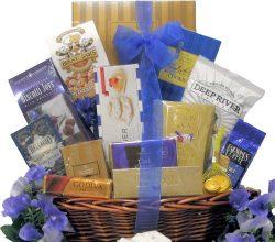 Great Arrivals Gourmet Kosher Hanukkah Sweets Gift Basket, Happy Hanukkah