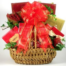 Gift Basket Village A Treat for My Valentine Gift Basket