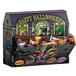 SNICKERS, TWIX, 3 MUSKETEERS, STARBURST & Milk Chocolate M&M'S Haunted House Hallo ...