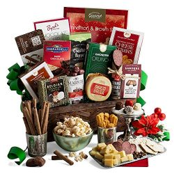 2019 Holiday Gift Basket of Gourmet Foods – Christmas Gift Basket with Chocolate, Candy, P ...
