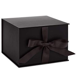 Hallmark 7″ Large Black Gift Box with Lid and Shredded Paper Fill for Weddings, Birthdays, ...