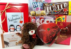 VALENTINE'S DAY GIFT BOX BASKET – HEART SHAPED CHOCOLATE BOX AND MUCH MORE – 9 ...