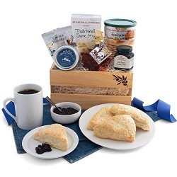 GreatArrivals Gift Baskets Gift Baskets New England Breakfast Classic: Gourmet Gift Basket