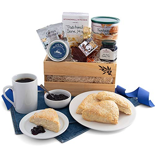 GreatArrivals Gift Baskets Gift Baskets New England Breakfast Classic: Gourmet Gift Basket