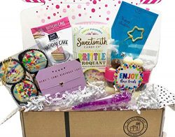 Birthday Gift Box Set Filled With Unique Treats & Surprise Gifts For Wife, Aunt, Mom, Girlfr ...