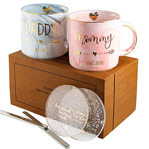Vilight New Mom and First Time Pregnancy Gifts – Mommy and Daddy est 2020 Mugs for Parents ...